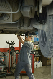 Mechanics. Masjoan Car Workshop.
